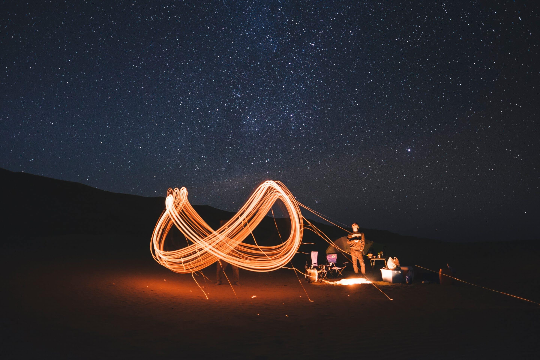 Cerf-volant en forme d'infini pour symboliser le site santeinfini